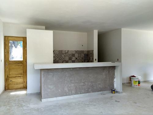 casa de 3 ambientes y 2 baños