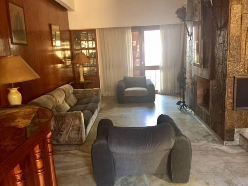 casa de 3 dormitorios con doble cochera - parque idependencia