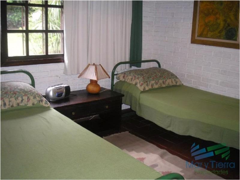 casa de 3 dormitorios en alquiler a 2 cuadras la playa brava, punta del este. -ref:1846