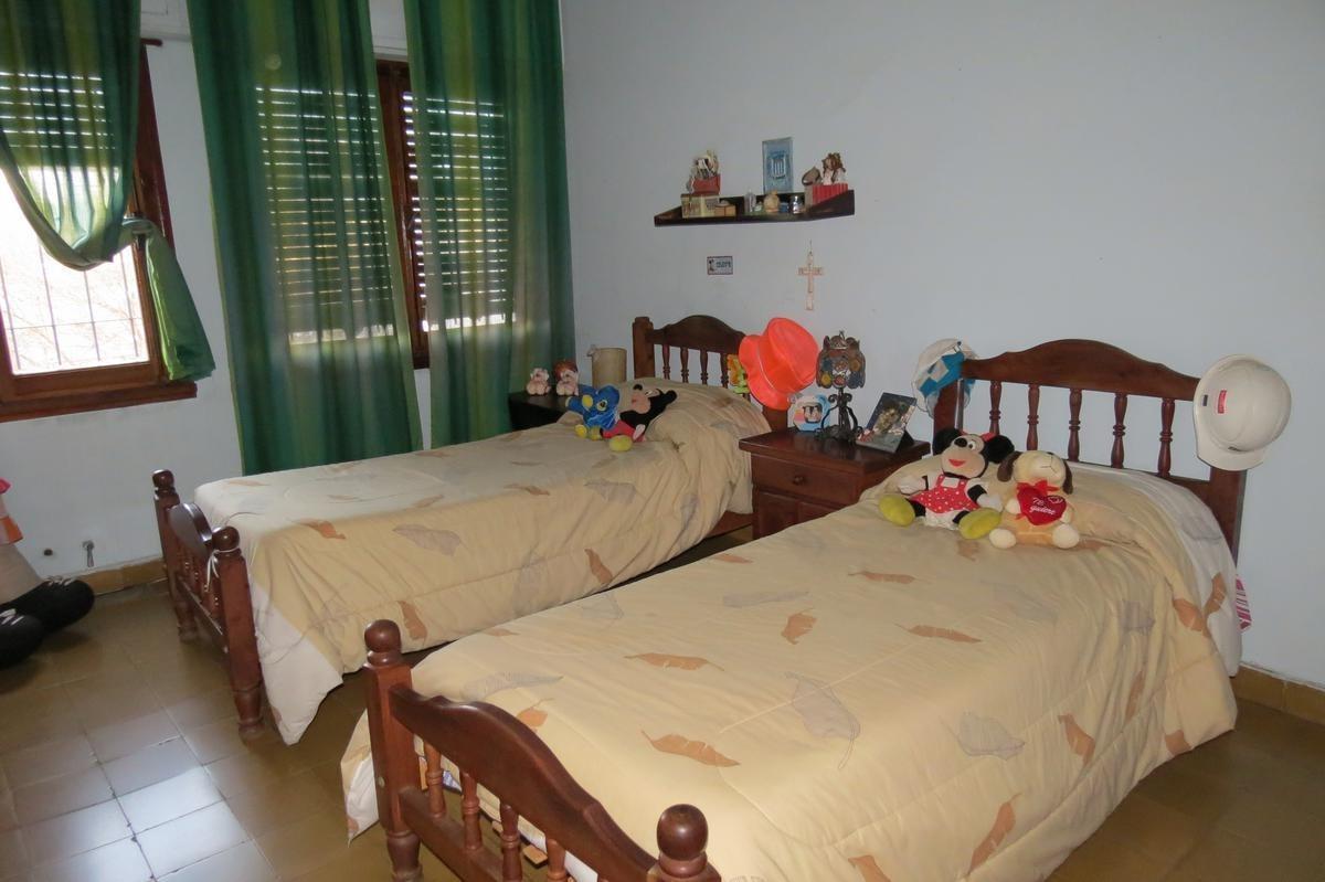 casa de 3 dormitorios en barrio junior