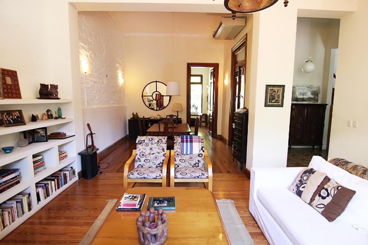 casa de 3 dormitorios, galeria y amplio jardin en san fernando
