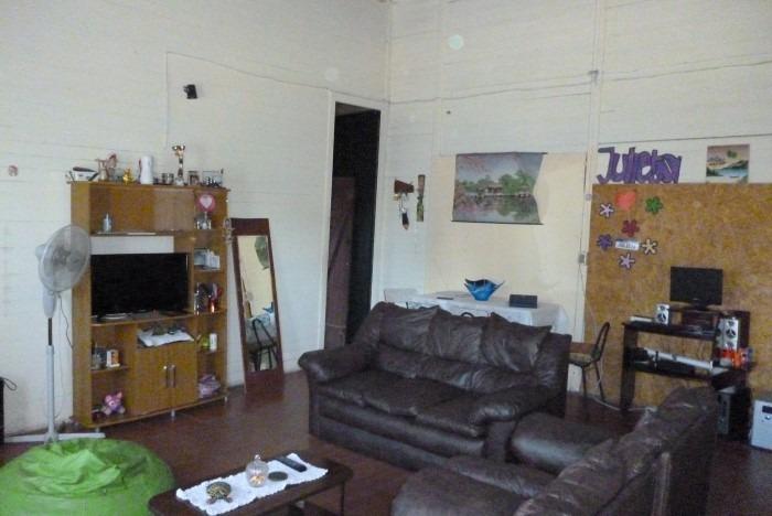 casa de 3 dormitorios + local comercial con vivienda