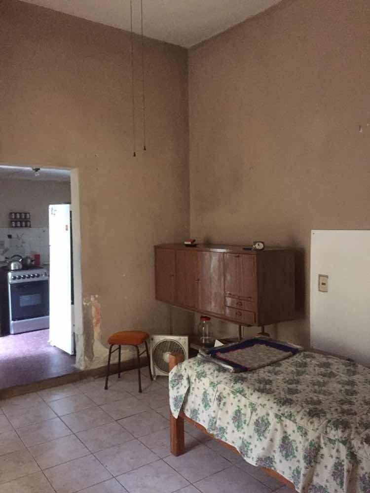 casa de 3 dormitorios. padron unico, azotea con parrillero.