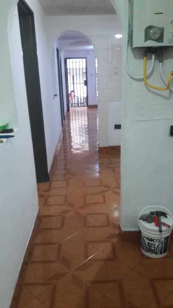 casa de 3 hab, 1 baño 1er piso, 72mts2 las brisas, med
