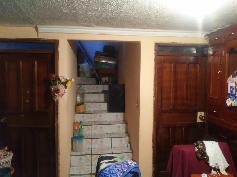 casa de 3 habitaciones 1 baño, cocina ,sala, área de lavado.