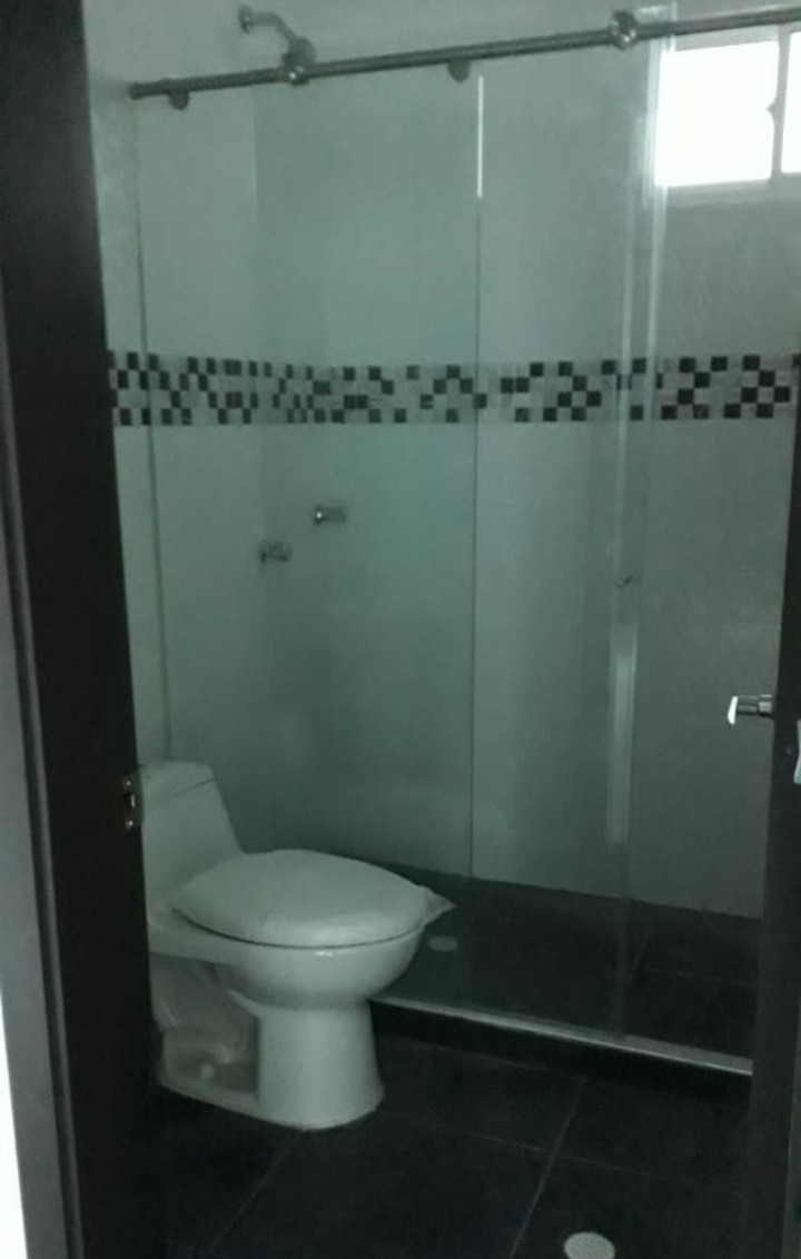 casa de 3 habitaciones 2 baños