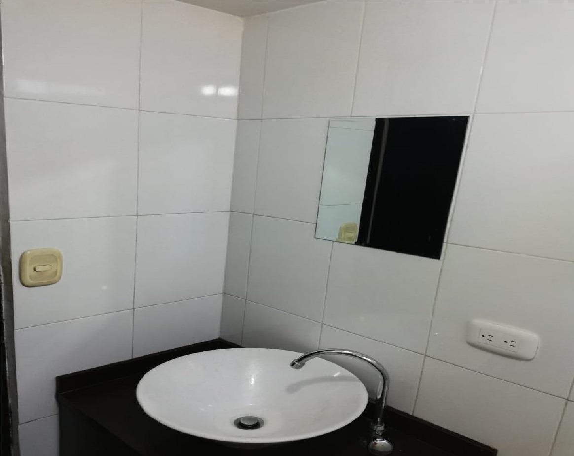 casa de 3 habitaciones, 2 baños