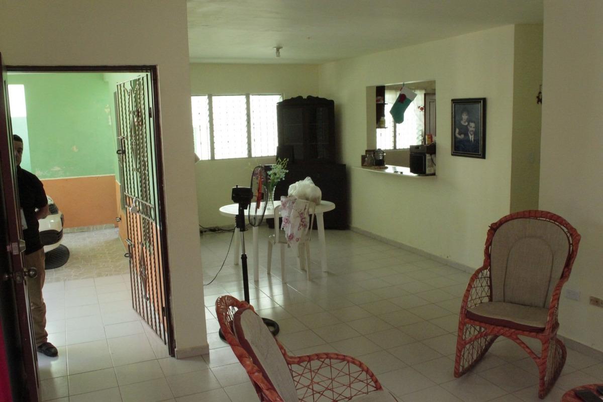 casa de 3 habitaciones 2 baños en venta en los frailes