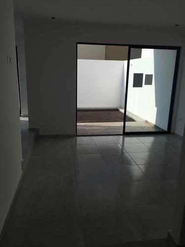 casa de 3 habitaciones en zibata