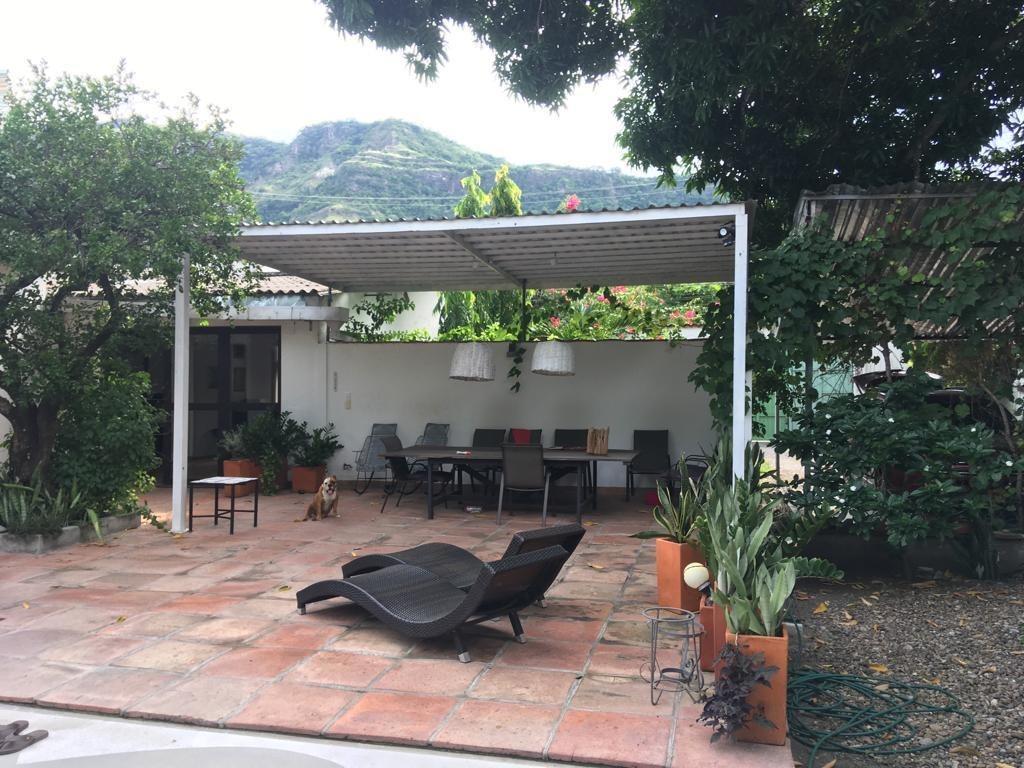 Casa De 3 Habitaciones Terrazas 4 Ambientes Piscina Jardines