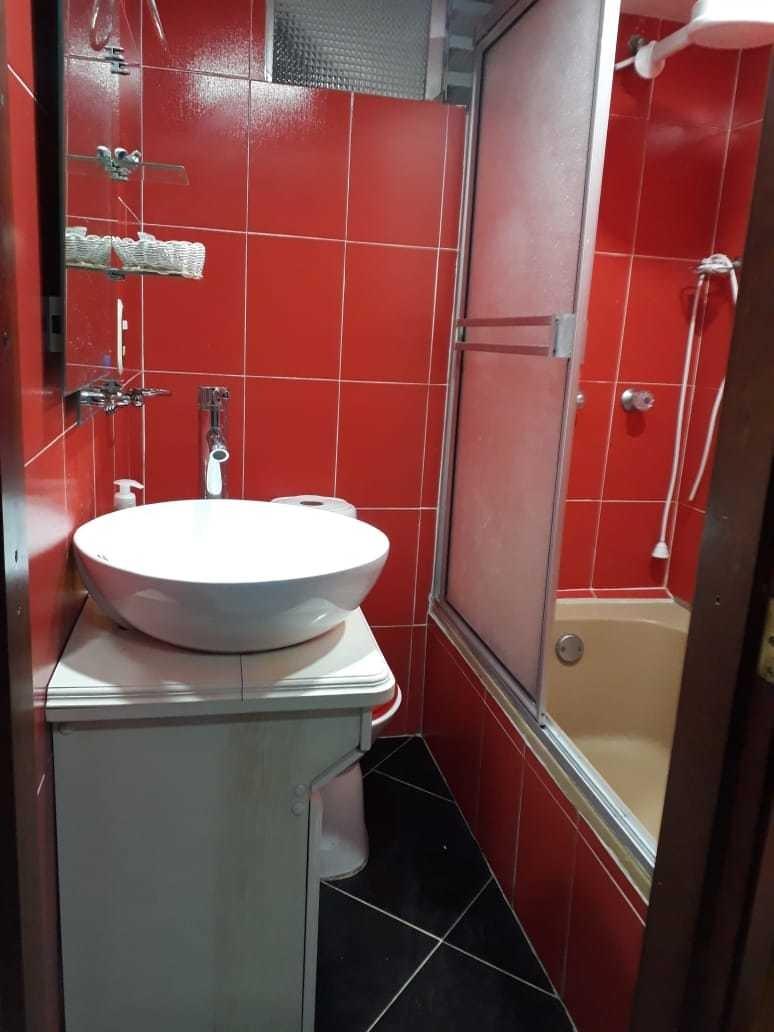 casa de 3 habitaciones y 2 baños.
