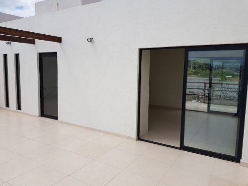 casa de 3 niveles con roof garden en punta esmeralda entrega inmediata