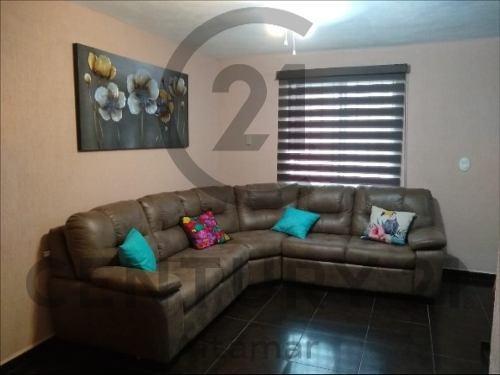 casa de 3 niveles en venta, col. nicolas bravo, tampico, tamaulipas.