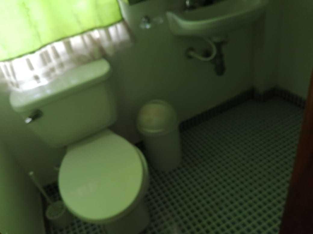 casa de 3 pisos, 3 alcobas, 2 baños