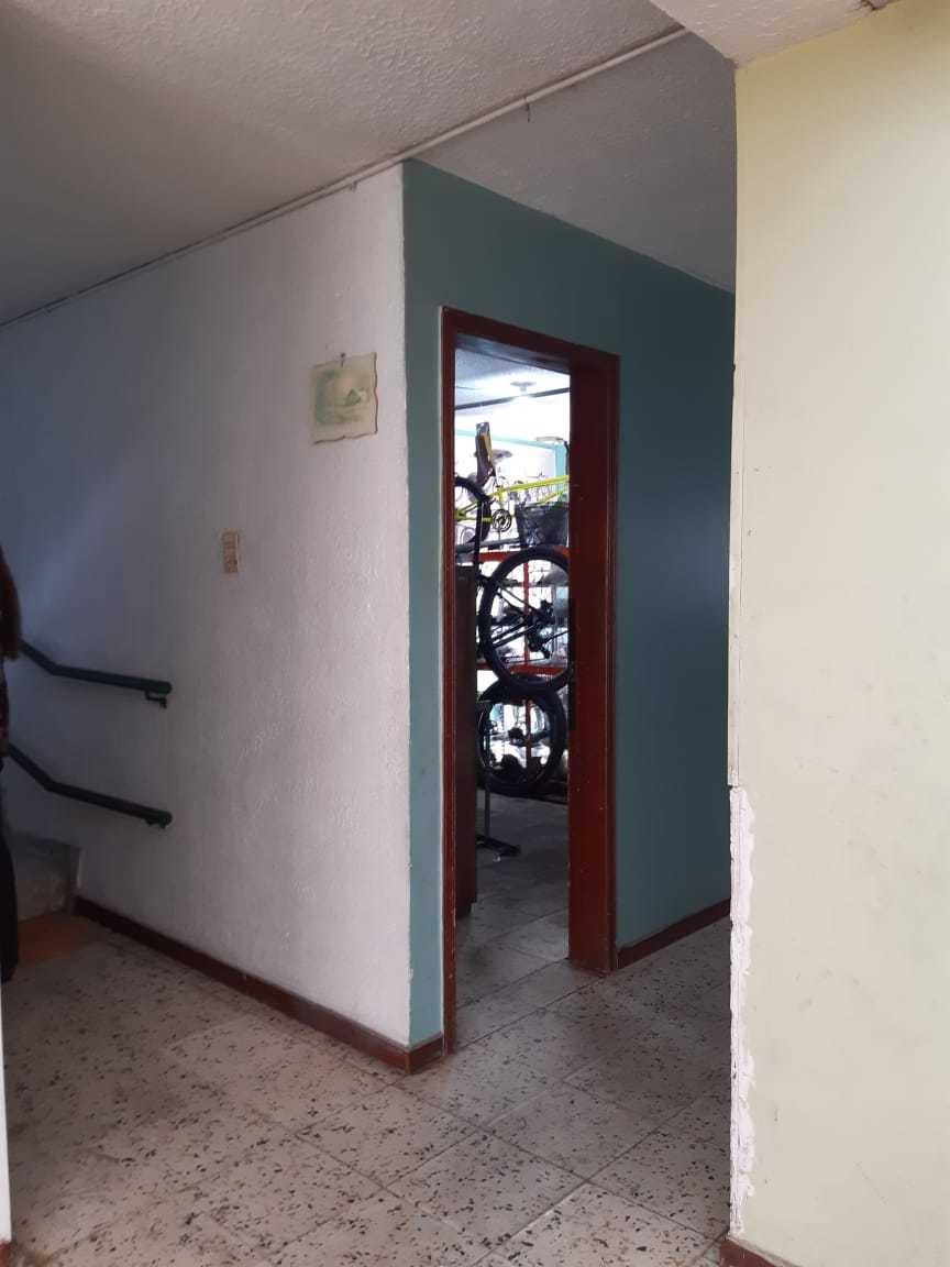 casa de 3 pisos en casa blanca suba