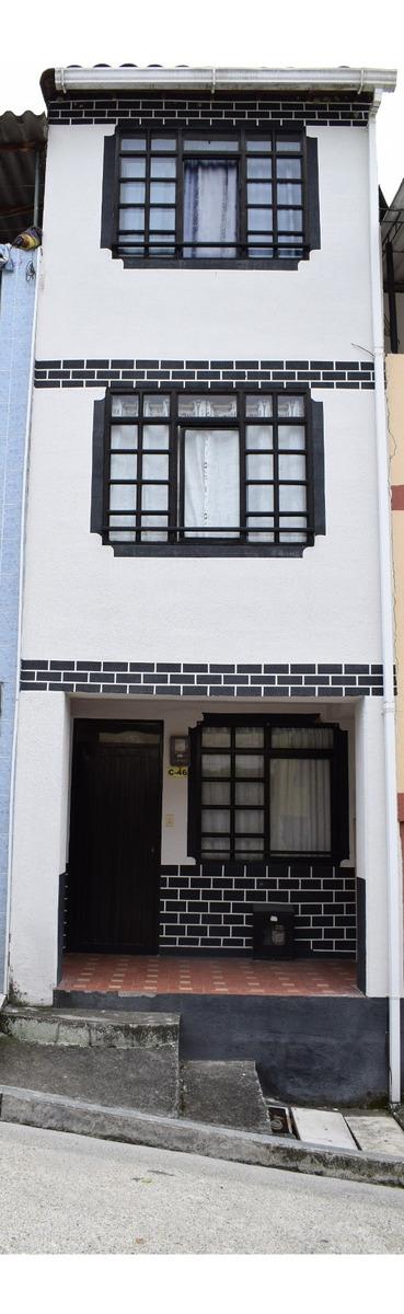 casa de 3 pisos en conjunto cerrado hacienda 2