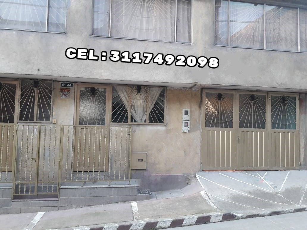 casa de 3 pisos en excelente estado precio negociable