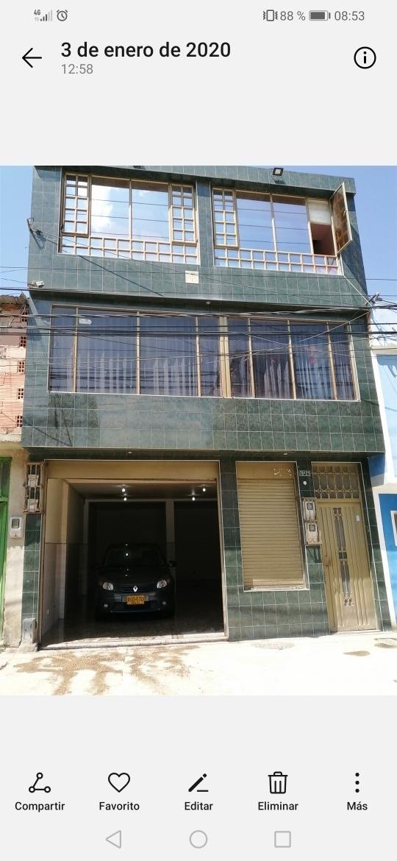 casa de 3 pisos terminada, 216 metros cuadrados