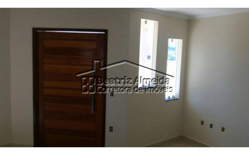 casa de 3 quartos em itaipuaçu marica rj