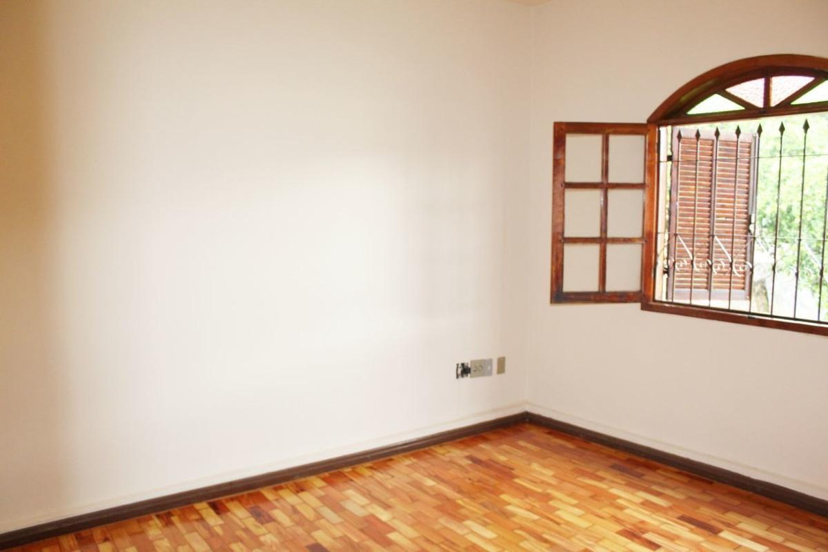casa de 3 quartos no bairro sagrada família - 2824