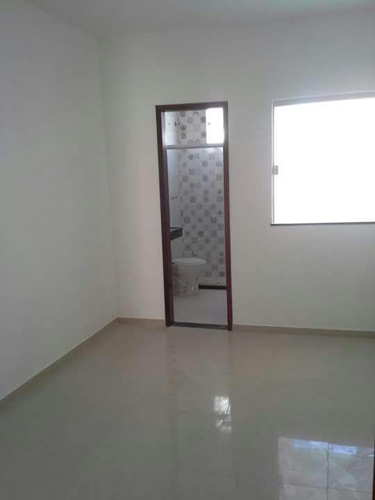 casa de 3 quartos sendo 1 suite 100%laje, pode fgts