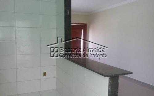 casa de 3 quartos sendo 1 suíte com piscina em itaipuaçu