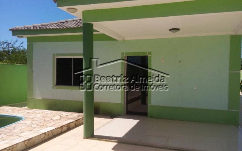 casa de 3 quartos sendo 1 suite com piscina em itaipuaçu