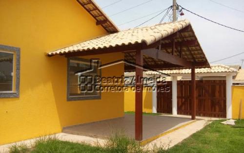 casa de 3 quartos sendo 1 suíte em itaipuaçu