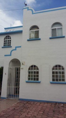 casa de 3 recamaras , 2 departamentos 1 estudio y alberca