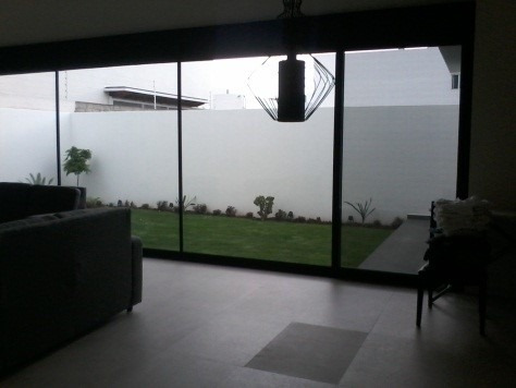 casa de 3 recamaras con 4 baños, en pedregal de vista hermos