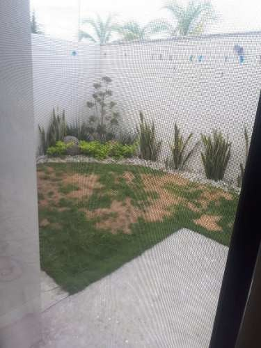 casa de 3 récamaras con amplío jardín, lomas de la rioja, alvarado, veracruz.
