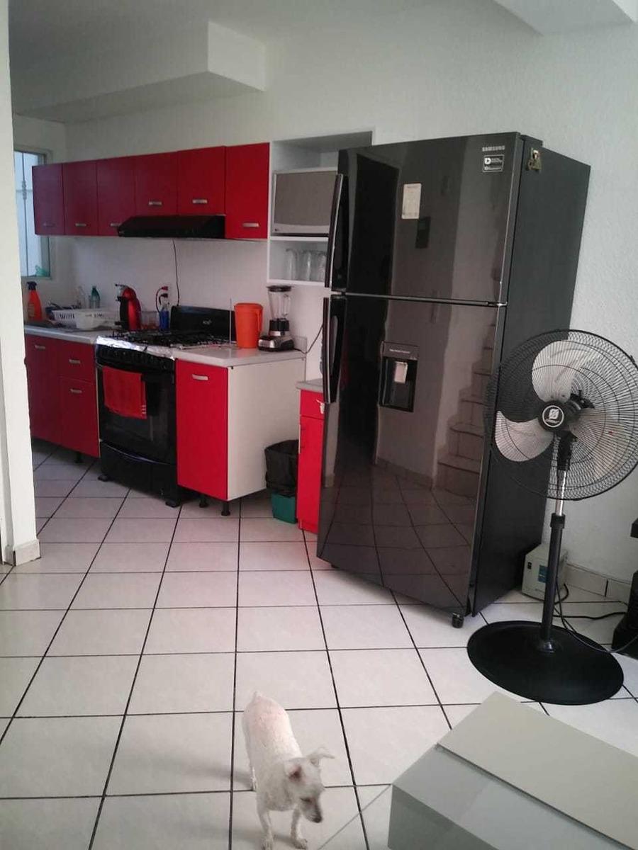 casa de 3 recamaras remodelada con aire acondicionado