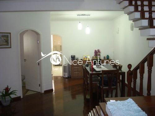 casa de 390m² com 05 dormitórios e 04 vagas. - na8476