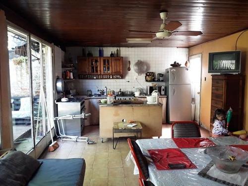 casa de 4 ambientes a refaccionar lomas de zamora