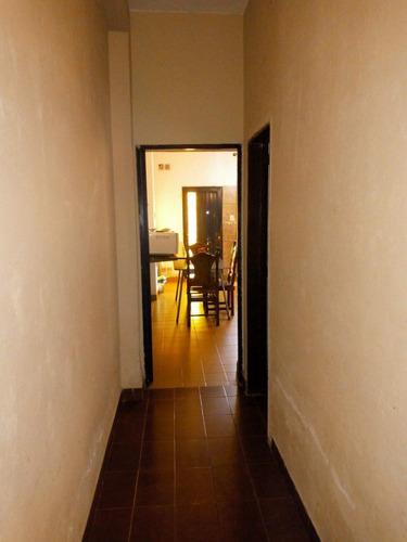 casa de 4 ambientes en ph. al frente san miguel.