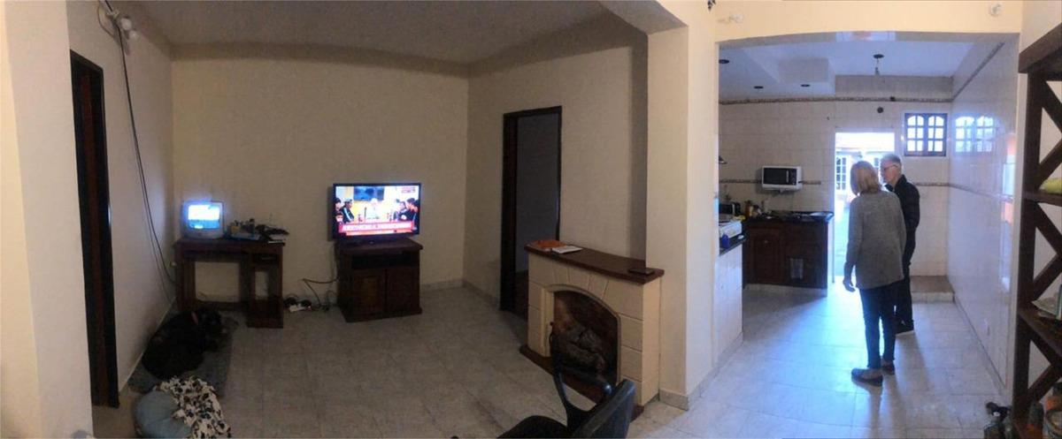 casa de 4 ambientes en ramos mejia