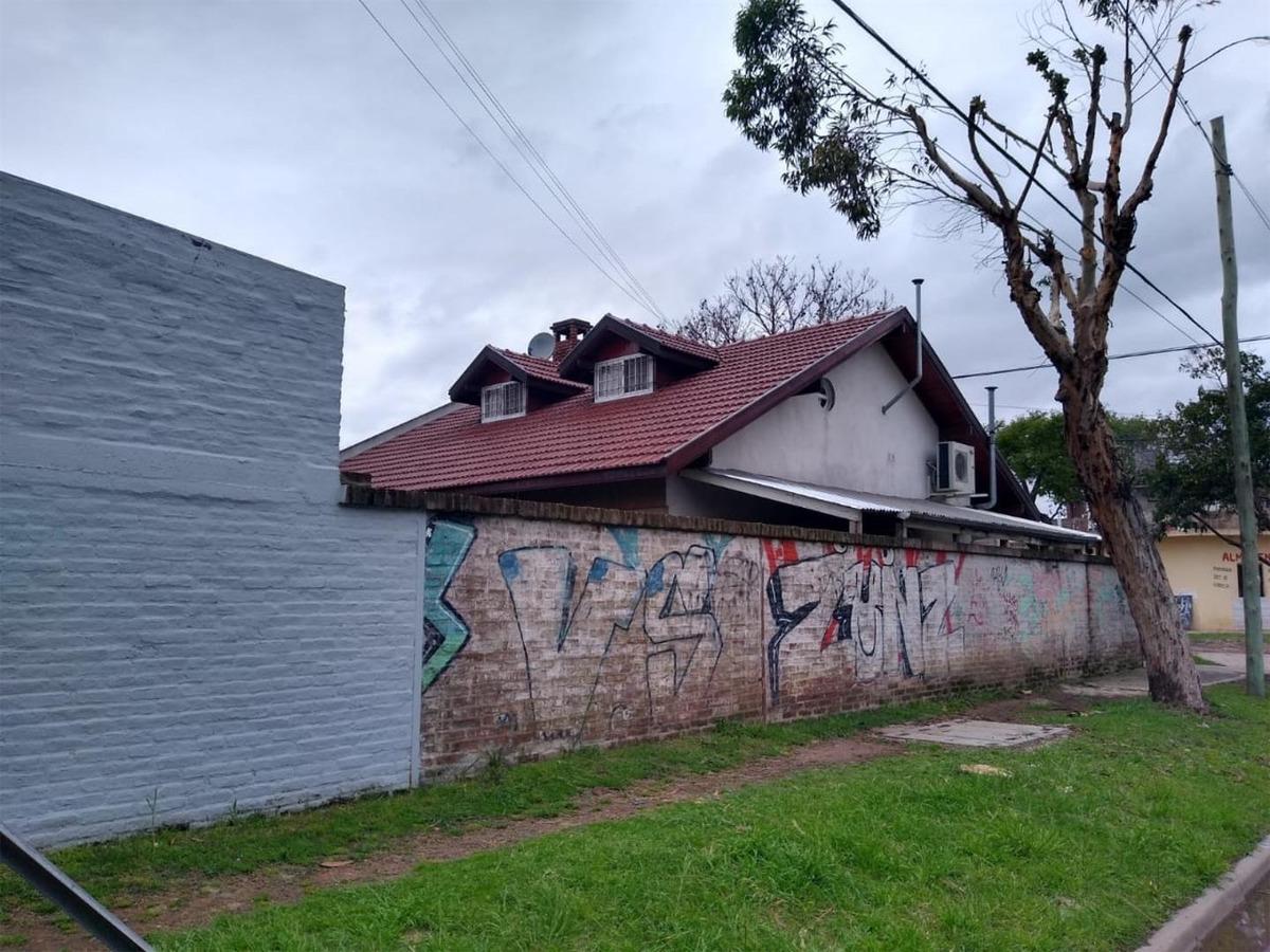 casa de 4 ambientes en zona sur