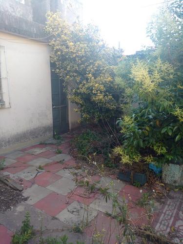 casa de 4 ambientes lanus este (145)