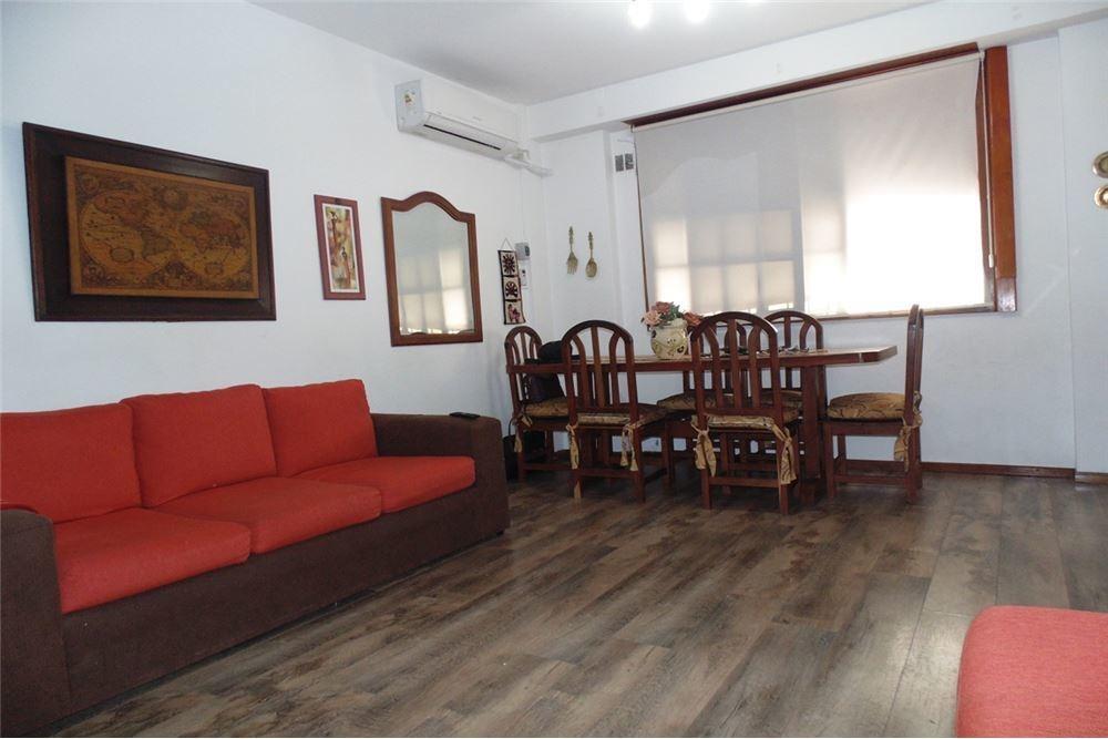 casa de 4 ambientes villa del parque oportunidad