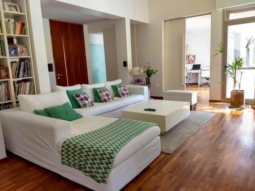 casa de 4 dormitorios con pileta