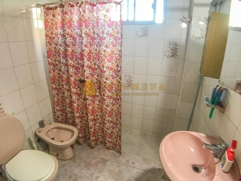 casa de 4 dormitorios en jardines de cordoba- consulte!!!!-ref:2132