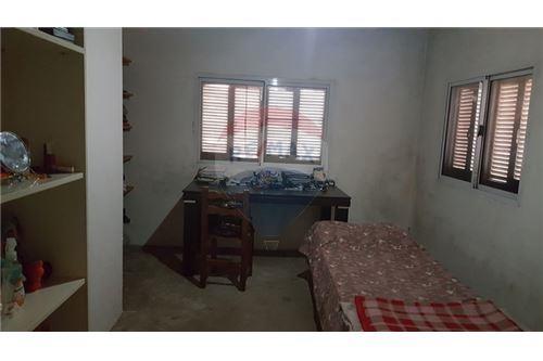 casa de 4 dormitorios en la plata