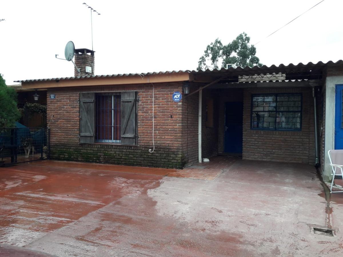casa de 4 dormitorios ruta 8 km 24.700 vendo o permuto