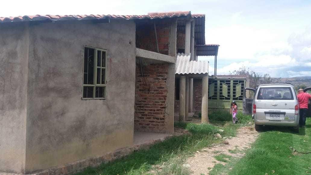 casa de 4 habitaciones y 2 balos garaje