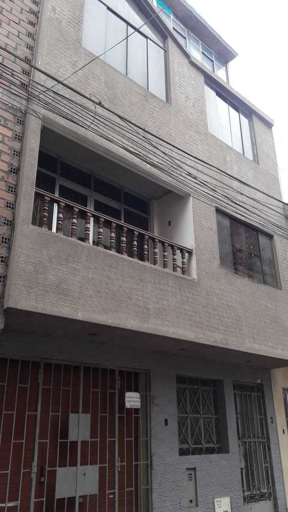 casa de 4 pisos en callao