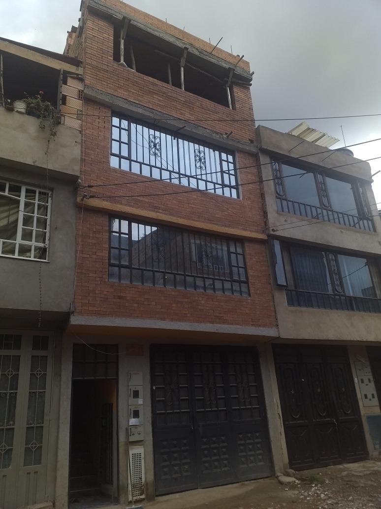 casa de 4 pisos en unir 2