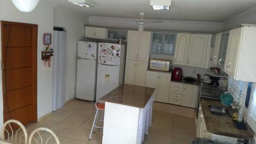 casa de 4 quartos em condomínio fechado,  em vargem pequena