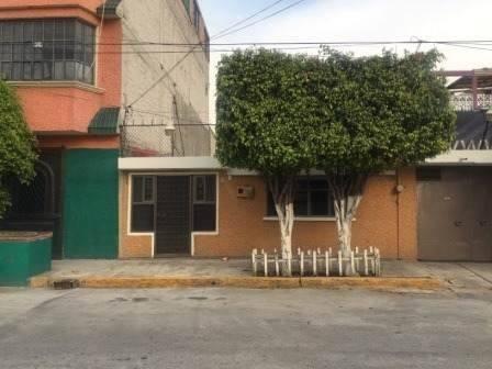 casa de 4 recamaras en santa cruz meyehualco