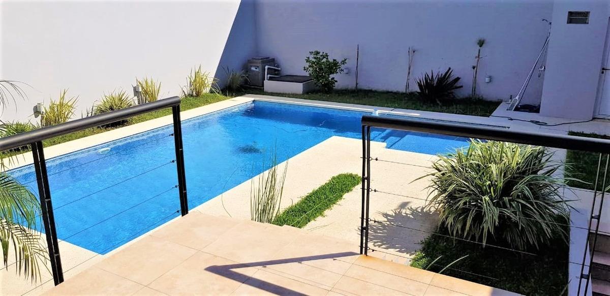 casa de 5 amb + playroom // pringles 1033 // ramos mejia