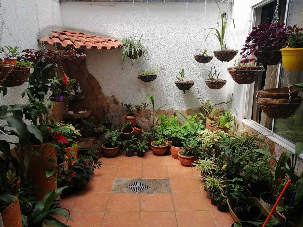 casa de 5 ambientes, 3 baños